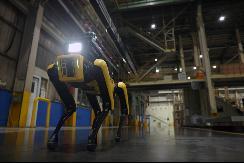 """现代汽车集团携手波士顿动力,落地首个合作项目""""工厂安全巡检机器人"""""""